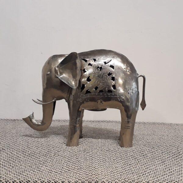 Elefante portavela