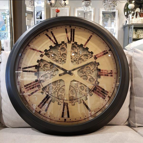 Reloj engranajes marco oscuro